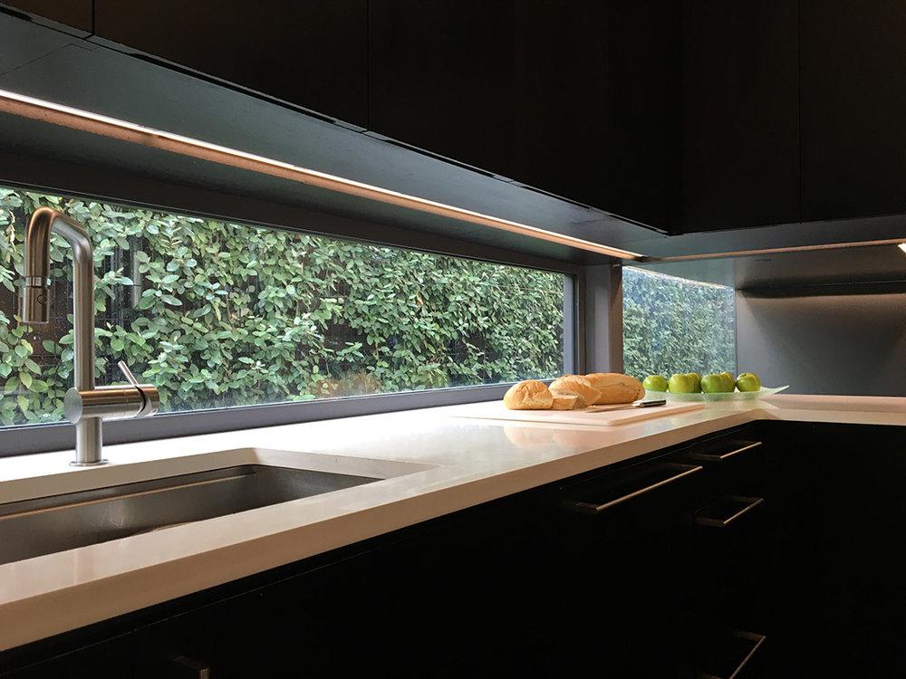 Kitchen_IMG_8979_web.jpg