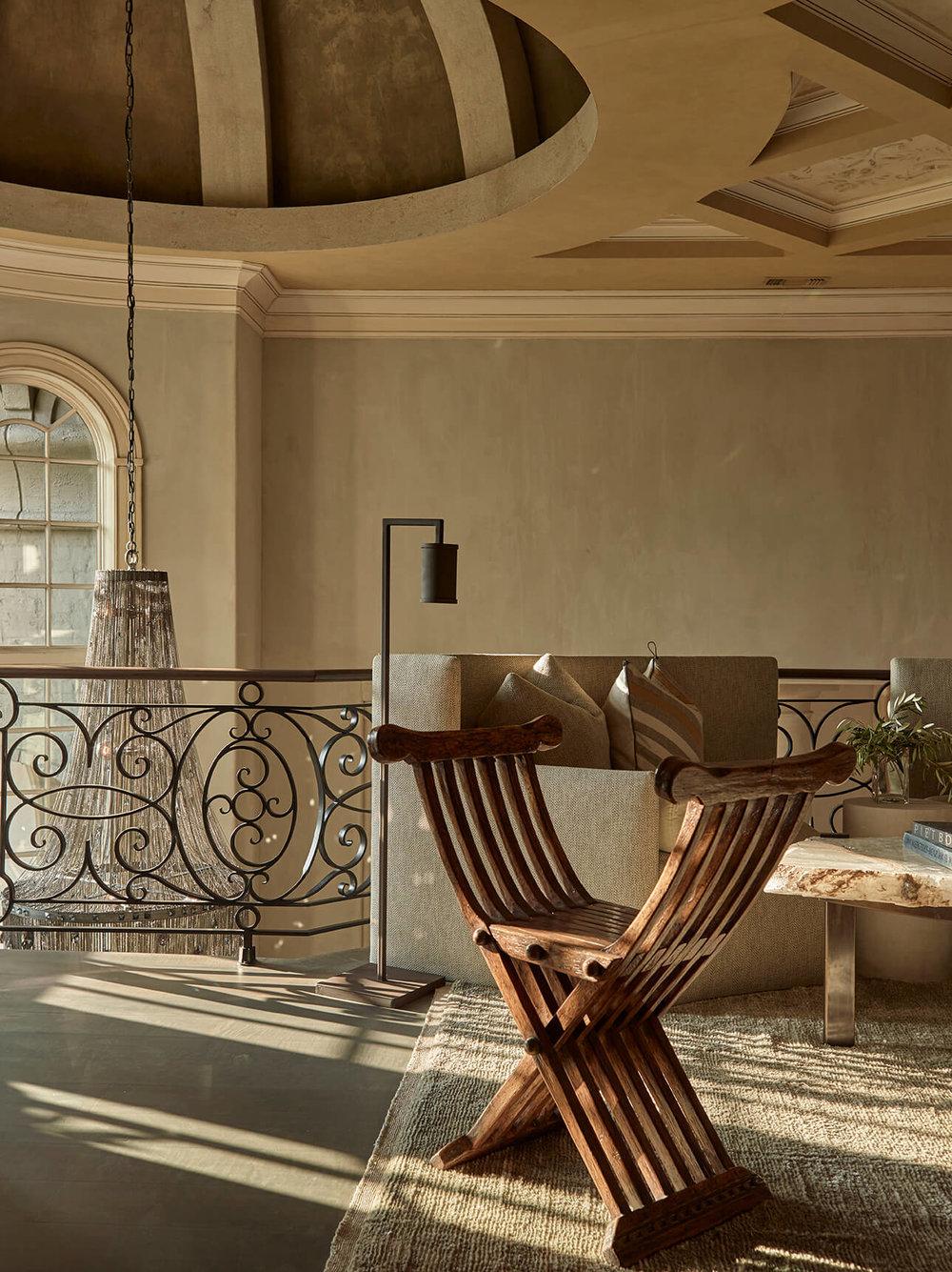 loft-sitting-area-formal-transitional-bureau-interior-design-nashville-tn.jpg