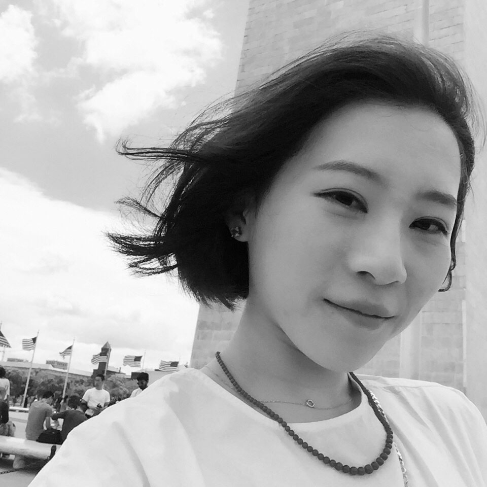 Manwen Li    Creative Strategist, Product Design    Education:  Cornell University   Studied:  Apparel Design, minor in Biomechanics   Innovation Field:  New technology and the future of performance apparel.