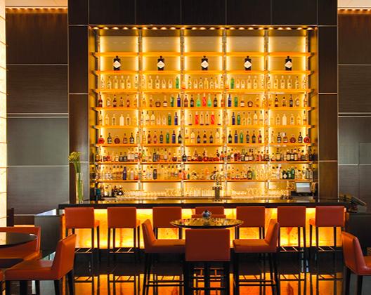Loews Atlanta Hotel: Lobby Bar - Atlanta, United States