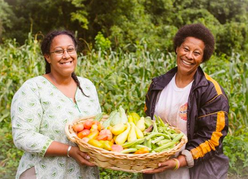 (Farmer Mena via Community Farmers Markets)