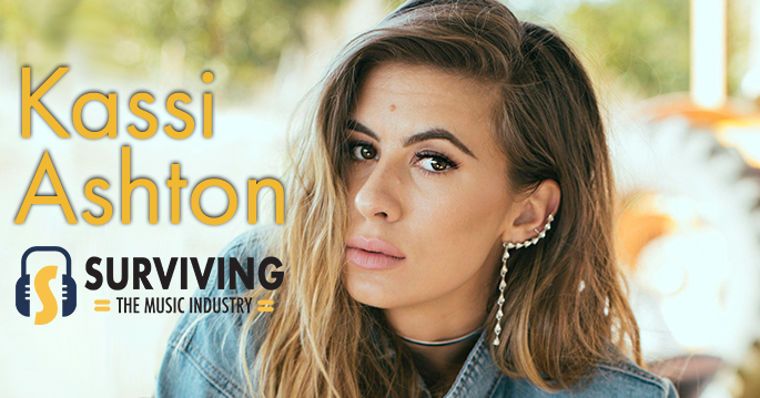 Pretty Shiny Things with Kassi Ashton - Kassi Ashton talks newest release, old music, and what the radio game looks like.