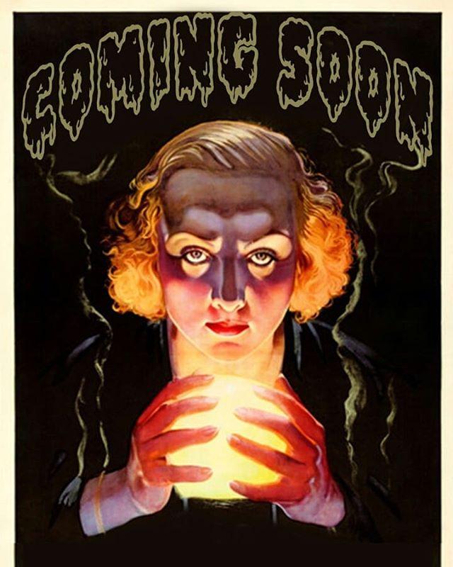 Predigo que tomarán malas decisiones este Halloween 😈  Estan listos para lo que viene?