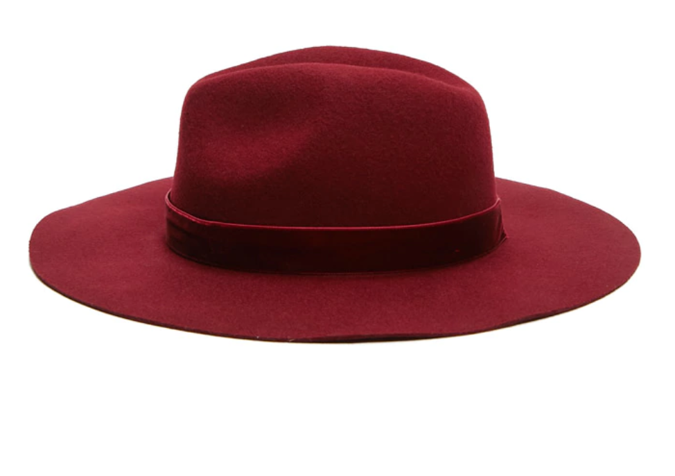 woman's fedora.png