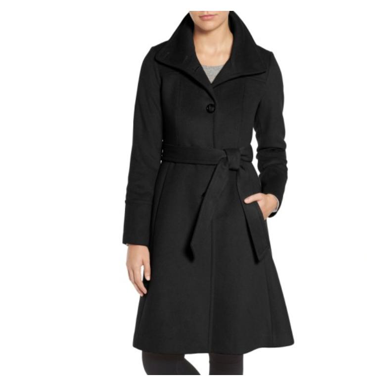 black long coat.png