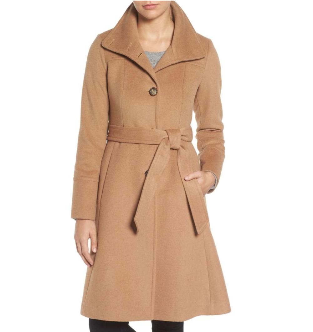 camel brown coat.png
