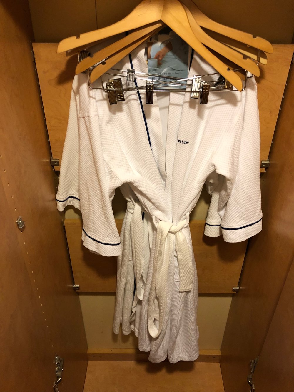 Closet & Robes