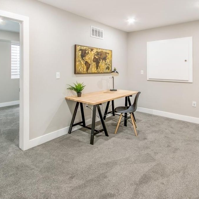 Lincoln Street | Basement Bonus Room