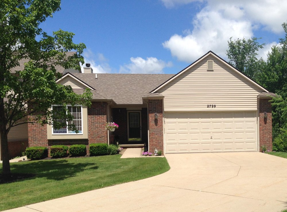 N. Moonglow Court- Hartland - $171,900    DOM 2 / Sold for 99.5% of asking price / 7 Showings
