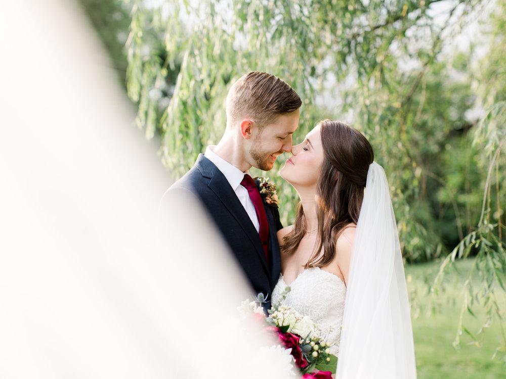 roanoke-virginia-wedding-photographer-plantation-on-sunnybrook-meredith-and-logan-938.jpg