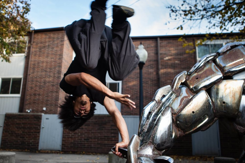 MOVE TO IMPROVE   Sharing our experience in Parkour & Art du Déplacement since 2011.   Get Started