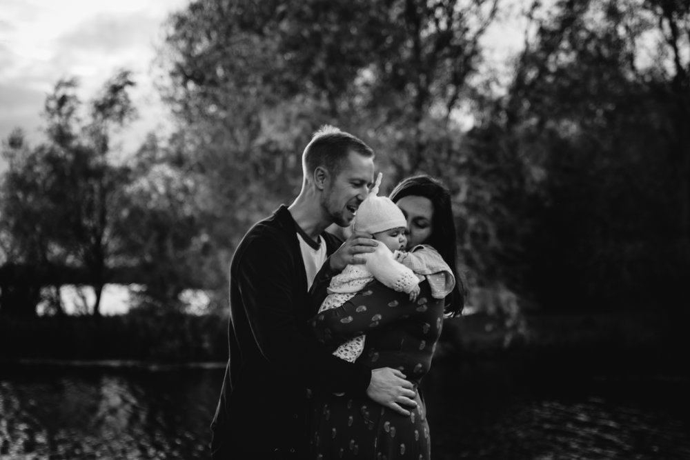 Cambridge family black and white photography