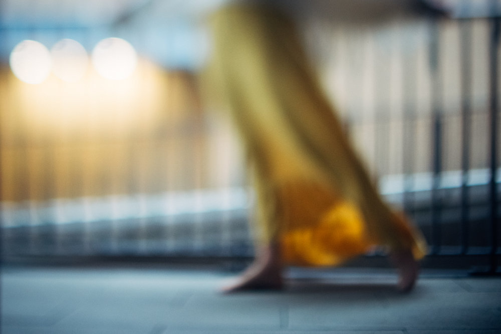 2 Travelling-Mustard-Dress-Cambridge-Photographer-Diana-Hagues.jpg