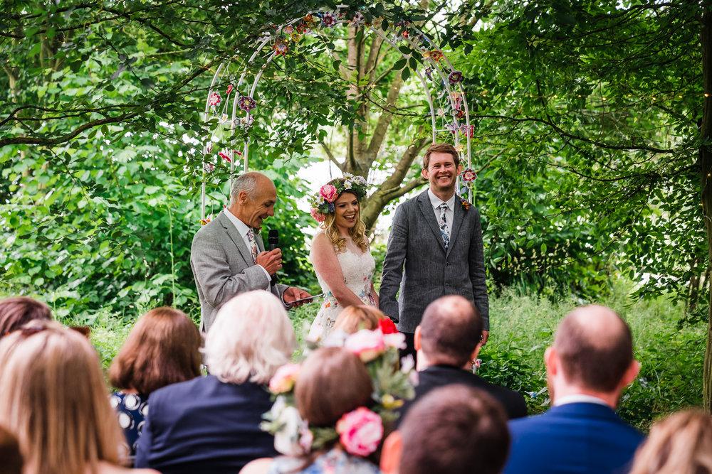 Cambridge-Photographer-Outdoor-Woodland-Wedding-Horningsea-PavilioN.jpg