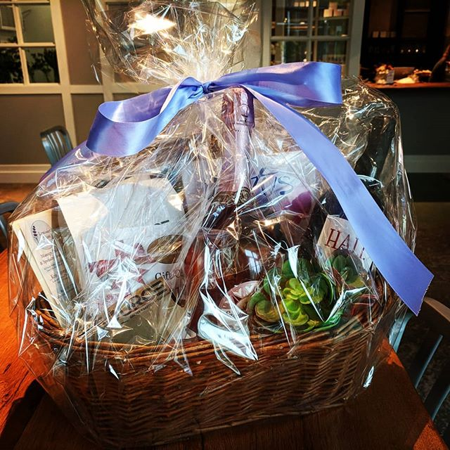 A mother's day treat from the #Jones421 Enter at any of the businesses for your chance to win this Mother's Day basket! .  The basket contains: a copy of Lotus the game, 2 lbs of coffee and a source gift card, a gift card to boki, two messages from lavender skies, two bottles of wine and some beautiful succulents! . The winner will be drawn and announced on Monday May 14th. . #DTSiouxFalls #jones421 #giveaway #mothersday