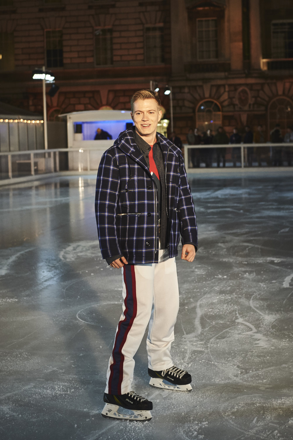 100_BandOfOutsiders_On_Ice_157.jpg