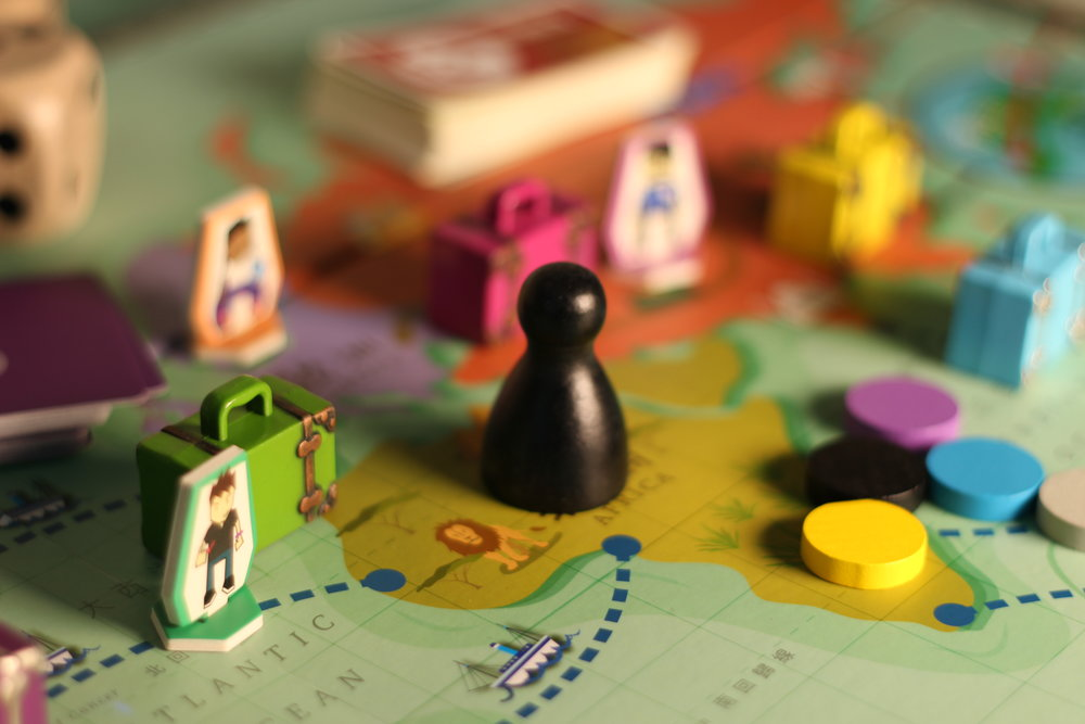 Around the World in $80 ($80環遊世界)  - Collaborating Organisation: Hong Kong Deposit Protection BoardPlayers travel around the world on a mission to become the World's Greatest Traveller. This board game teaches youngsters the importance of saving and spending their money wisely.