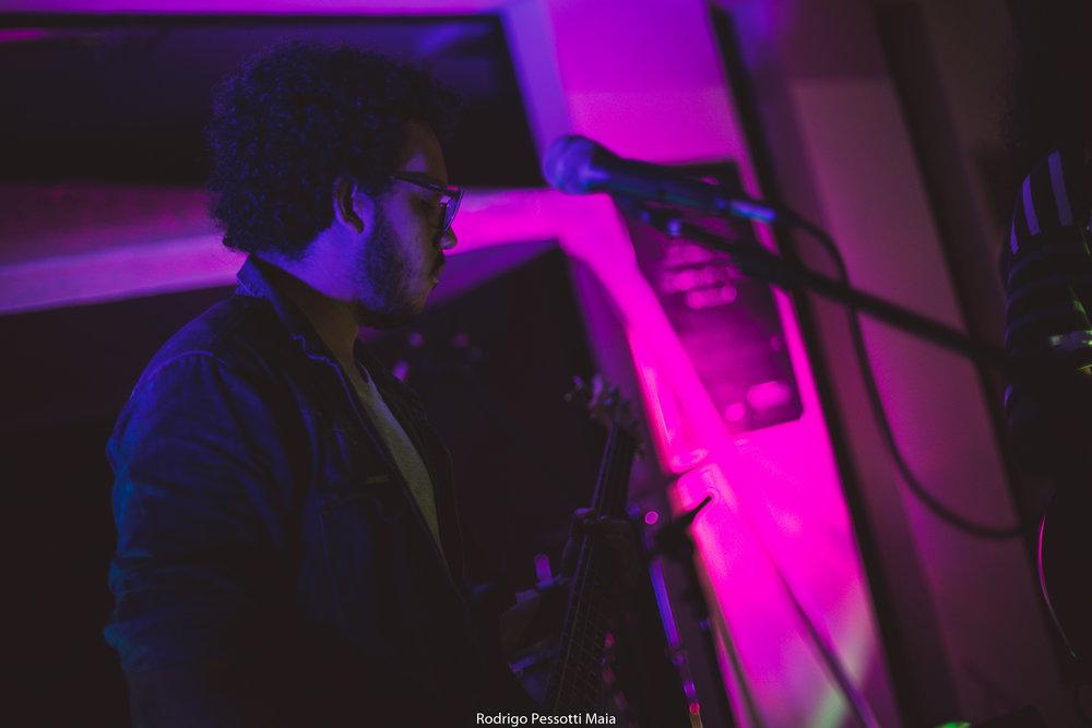 """""""Rua da Música"""", ocupação musical da escadaria do Centro Cultural Nice Avanza, em Linhares (ES). 27 de Maio de 2016.  Fotografia de Rodrigo Pessotti Maia."""
