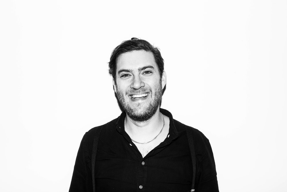 JON SLONEEM - GROUP DIGITAL DIRECTOR Likes: bananas Dislikes: mangoes