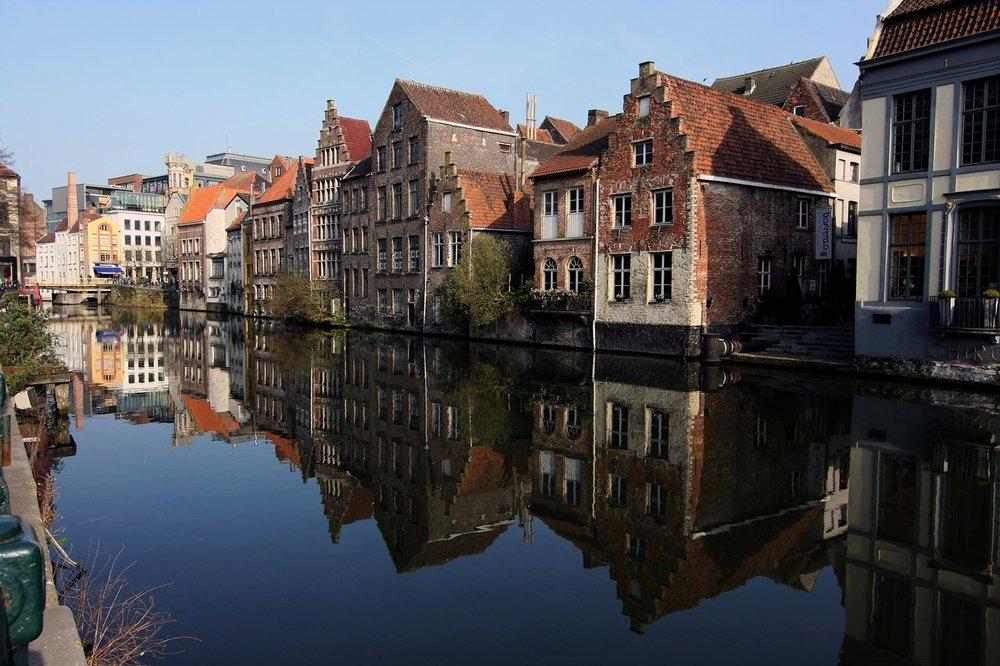 old-town-1229208_1280.jpg