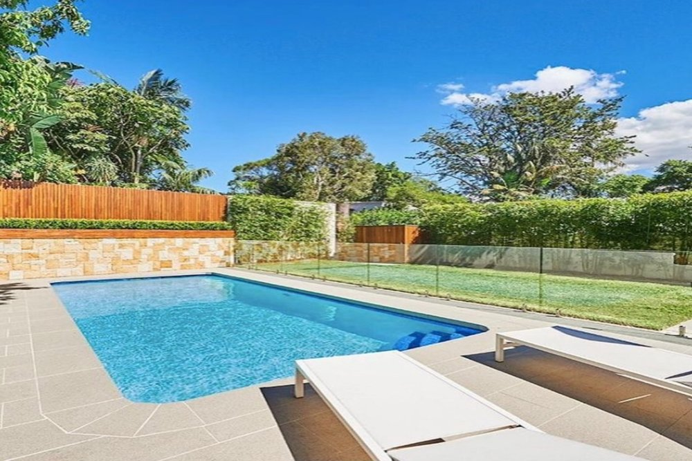 Bellevue Hill Poolside -