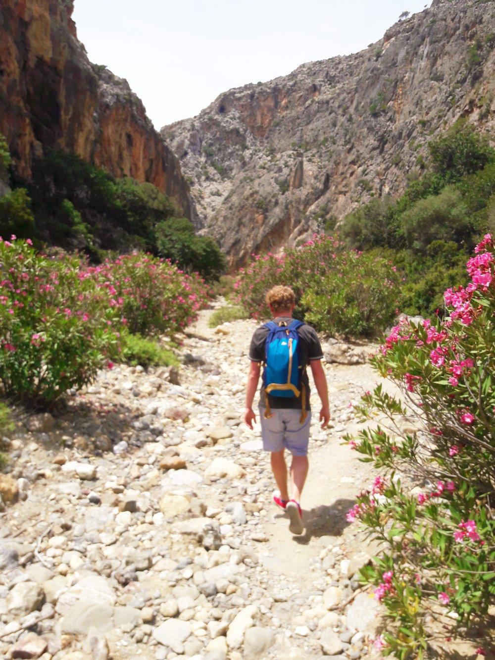 Crete-Aggiofarago-Gorge.jpg