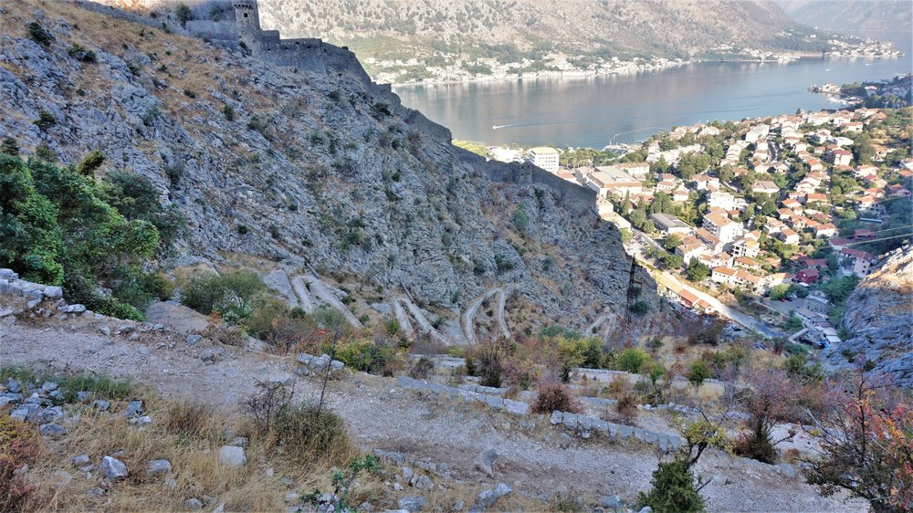 free walking track to fortress in kotor