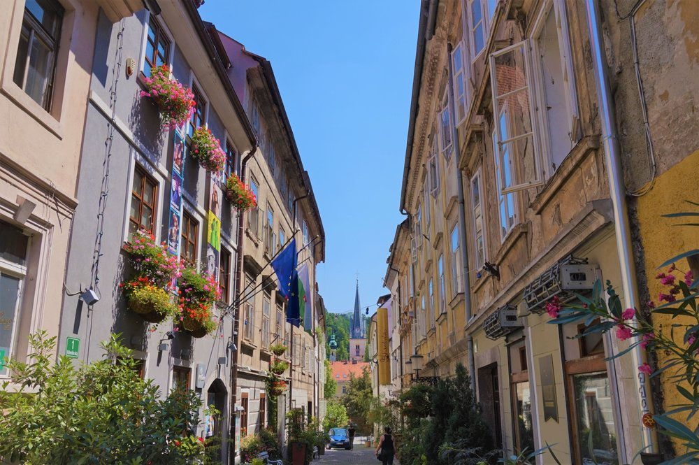 Street of Ljubljana, Slovenia which has a beautiful old town #slovenia #ljubjana