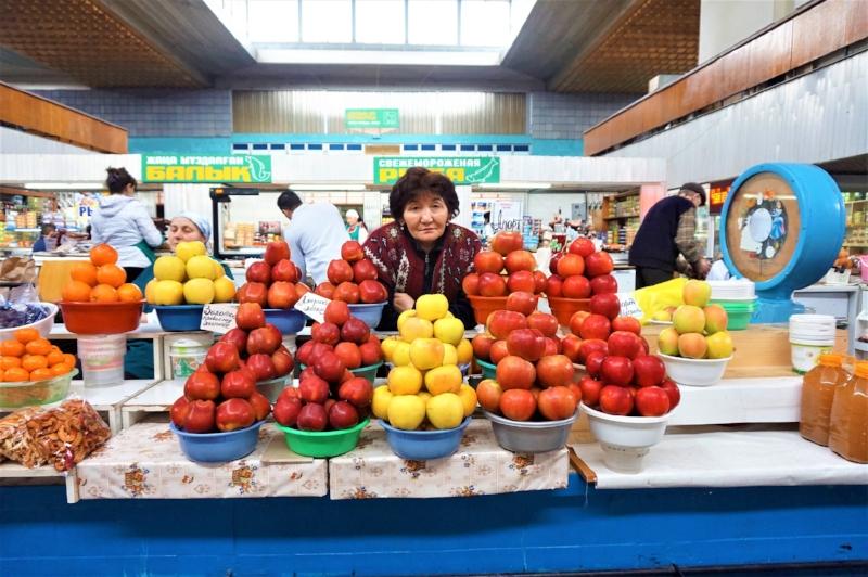 Kazakhstan-Almaty-Green-Market.jpg
