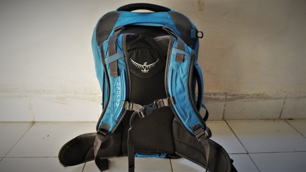 carry on backpack straps osprey farpoint 40
