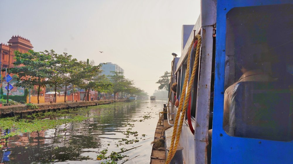 See the Alleppey backwaters by public transport is probably the cheapest way. If you don't want to do an Alleppey backwaters tour. Backwaters of Kerala.
