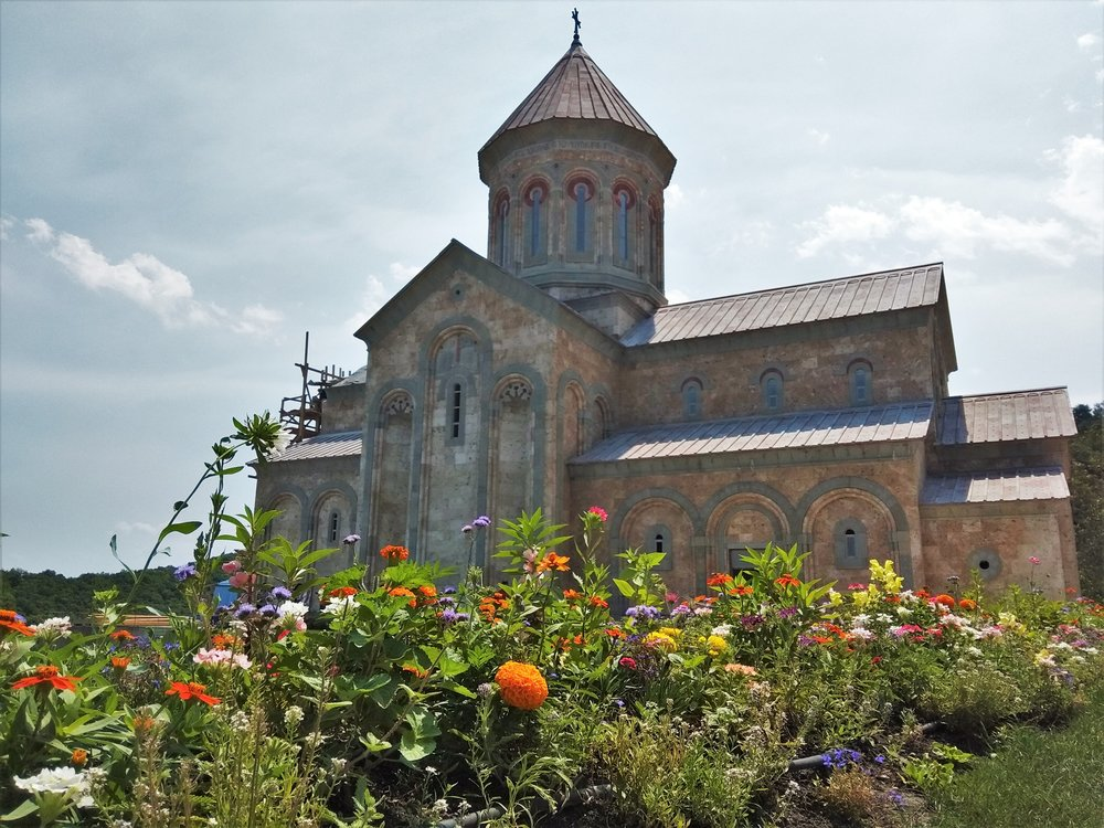 Bodme Monastery is one of the best things to see in Kakheti! This Monastery is well maintained and very close to Signagi, it's a must see attraction in Signagi.