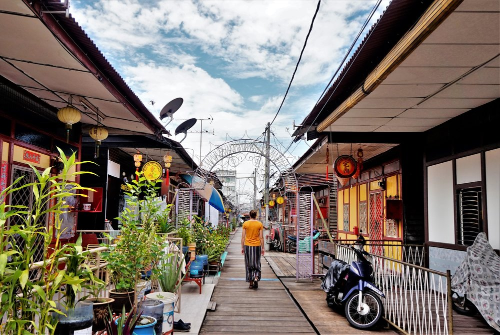 Visiting the jetties is one of the best things to do in Penang! This Chinese suburb is very interesting and one of the best things to see in Georgetown.