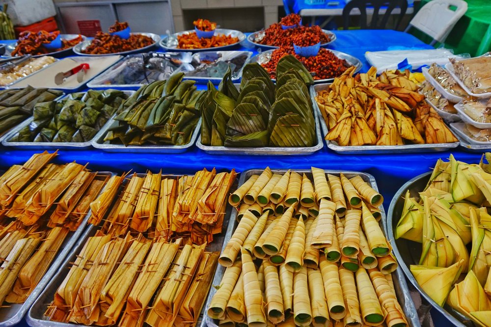 Food markets in Brunei best things to do.
