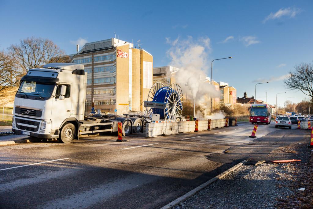 Schaktfri  ledningsförnyelse gav minimala trafikstörningar på Älvsjövägen.