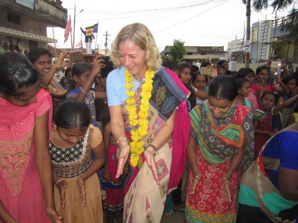 pollex wateraid indien britt-marie göran dans.jpg