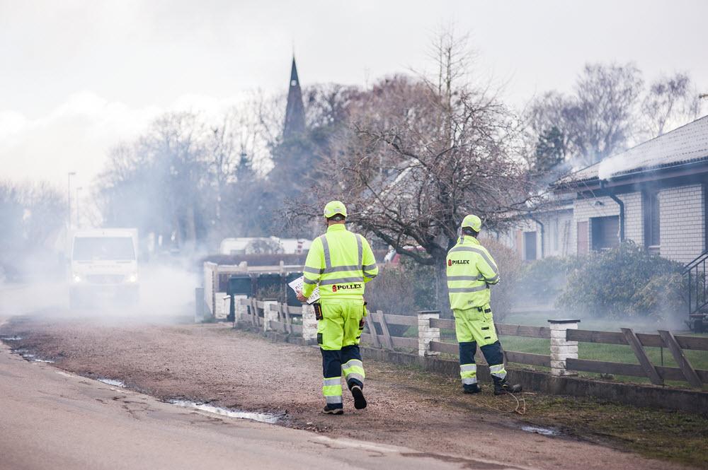 Uppträngningen av rök dokumenteras och alla misstänka fel utreds vidare.