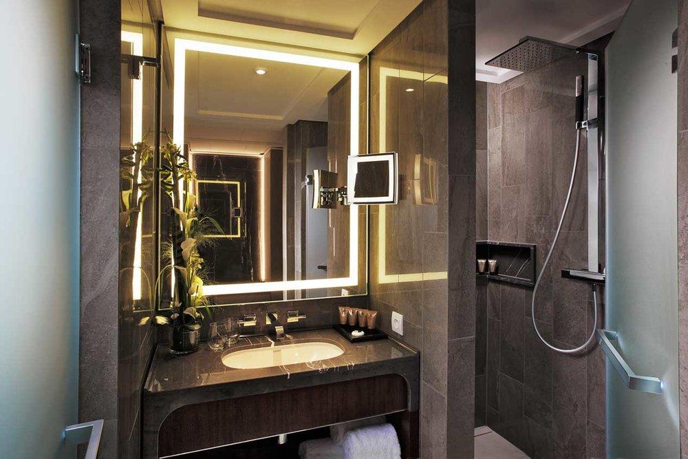 Tangla-Hotel-1.jpg