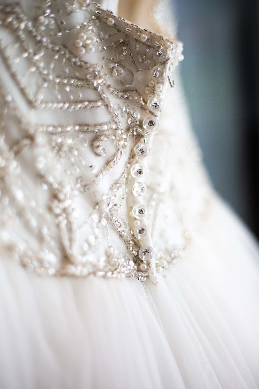 Lea-Cooper-Photography_Wedding-Photography_Willenhall_Wolverhampton_West-Midlands_Photographer_Birmingham_wedding-dress-details.jpg