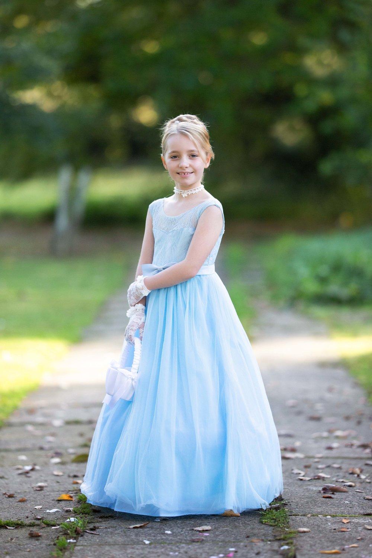 Lea-Cooper-Photography_Wedding-Photography_Willenhall_Wolverhampton_West-Midlands_Photographer_Birmingham_cindarella-bridesmaid-blue-dress.jpg