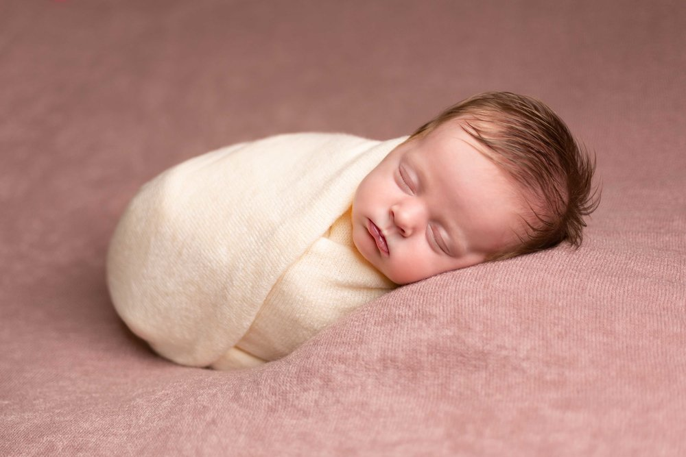 Lea-cooper-photography-newborn photography-willenhall-baby-photographer-wolverhampton-baby-photos-west-midlands-pink-wrapped-newborn.jpg