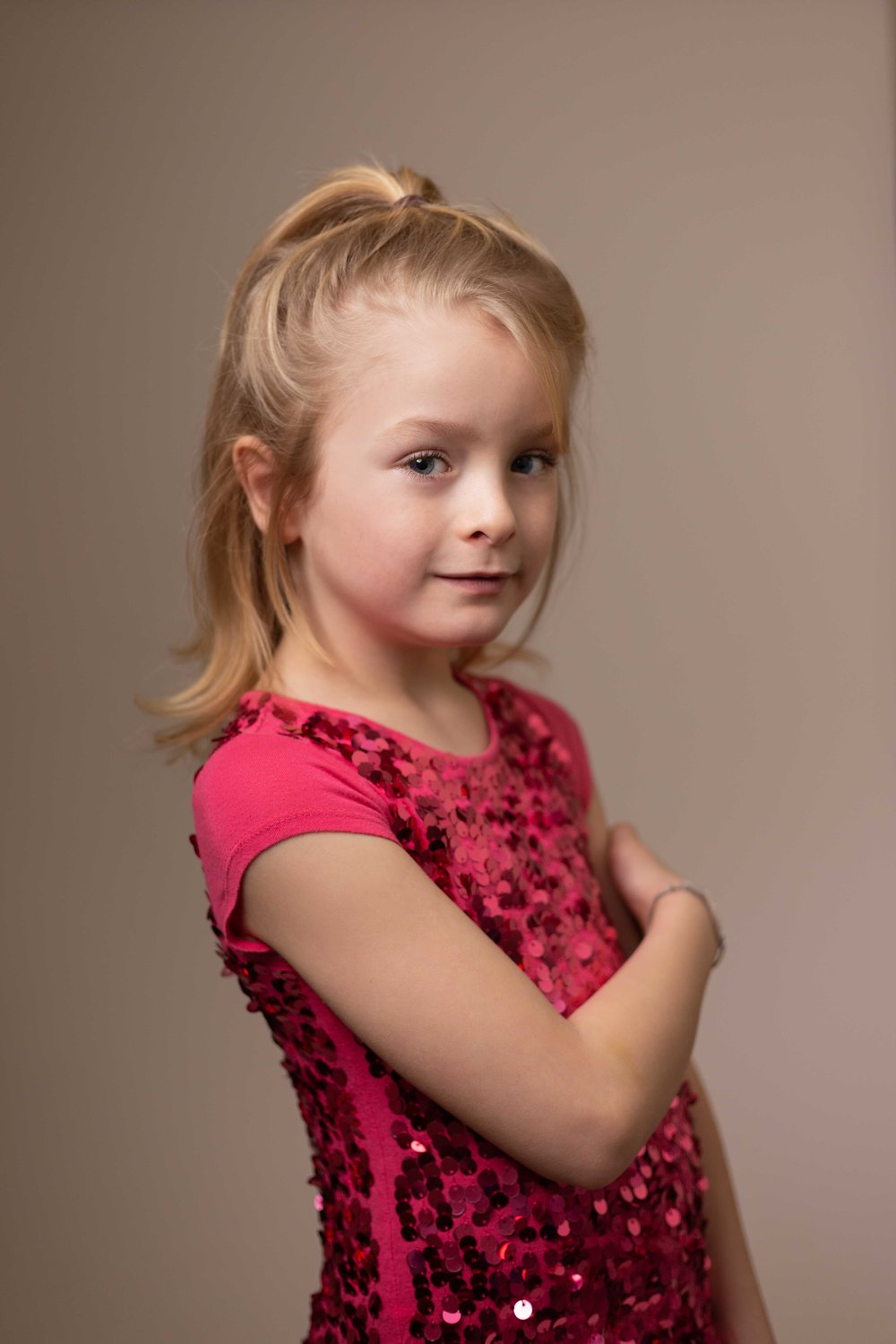 LEA-COOPER-PHOTOGRAPHY-CHILD-PHOTOGRAPHY-WILLENHALL-CHILDREN-PHOTOGRAPHER-WOLVERHAMPTON-DUDLEY-WEDNESBURY-KIDS-PHOTOGRAPHER-SITTER-SESSION-SISTERS-PORTRAIT-PROFESSIONAL--3.JPG
