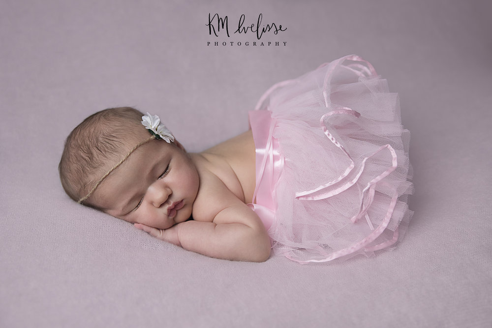 Newborn portraits are so sweet and tender KM Ivelisse Photography studio session