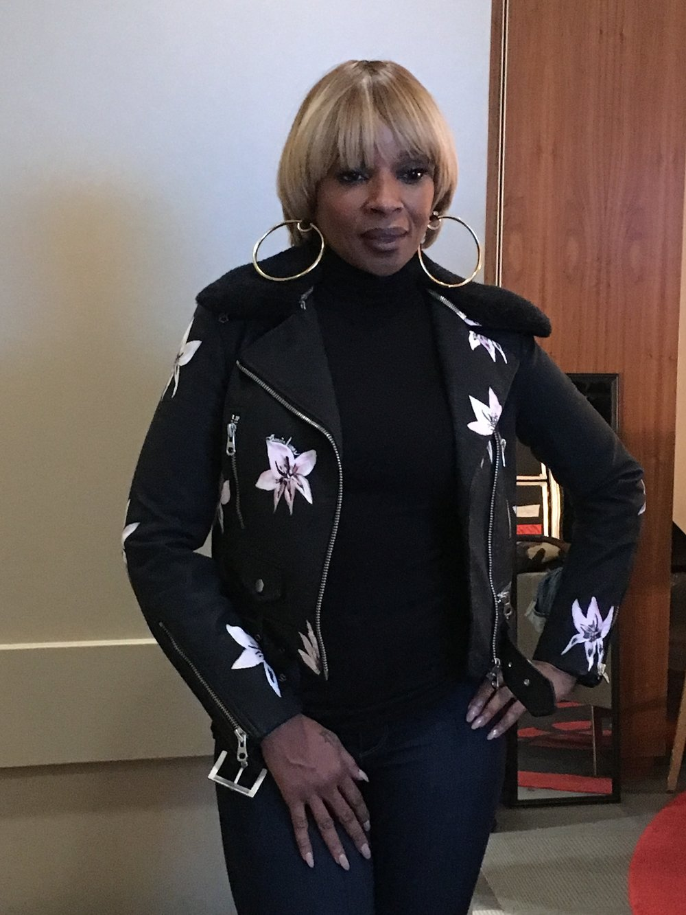 Mary J Blige   Legendary Grammy Award Winning Singer and Actress, Mary J Blige is spotted wearing her custom CA Handpainted Signature Floral Motorcyle Jacket during her most recent King & Queens tour.