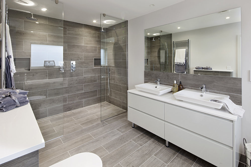 Bathroom at Bibury House.jpg