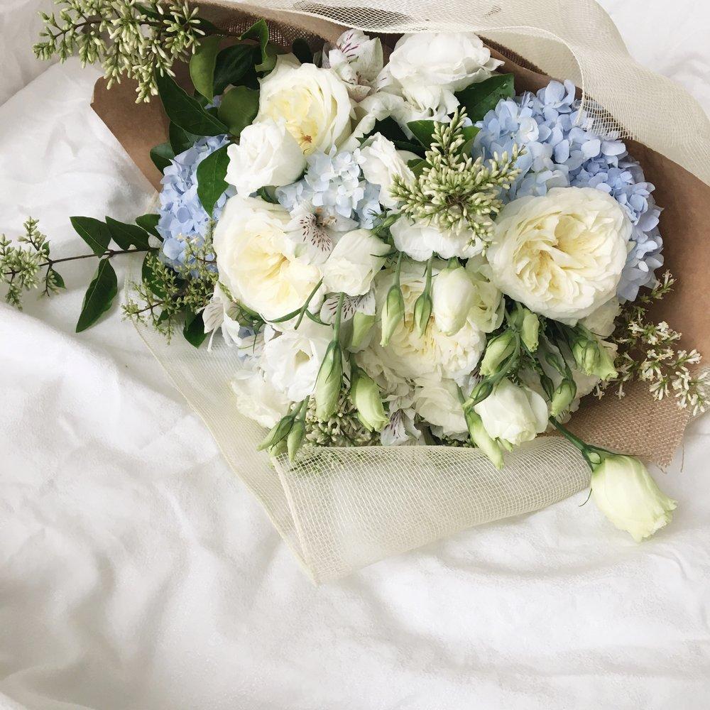 Flower Bouquet Fleur De Lis