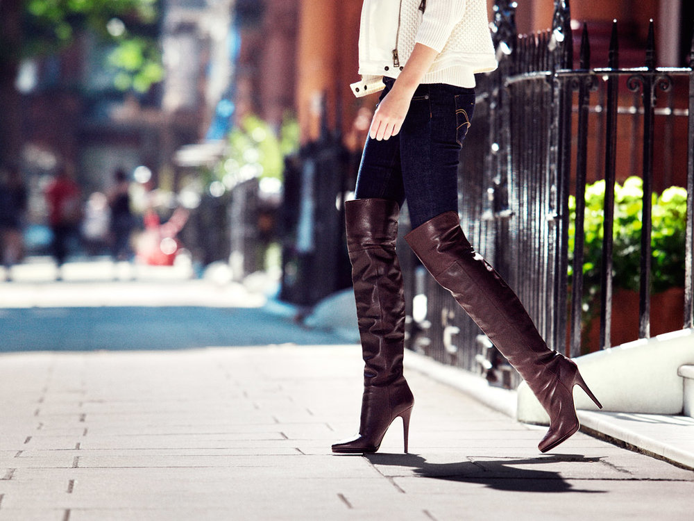 03_JIMMY-CHOO_ULTIMATE-BOOT-GUIDE_CHRISTOPHER-JENEY1.jpg