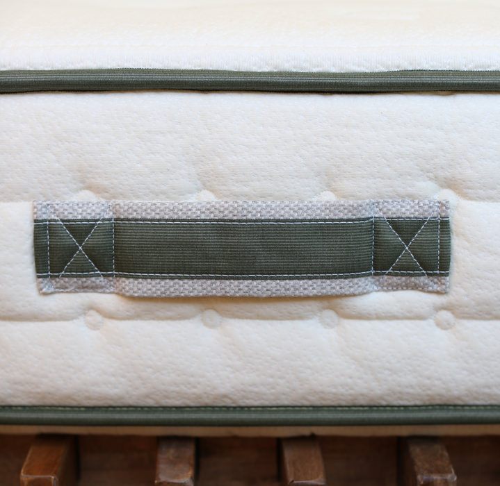 Handcrafted and Tufted Mattress