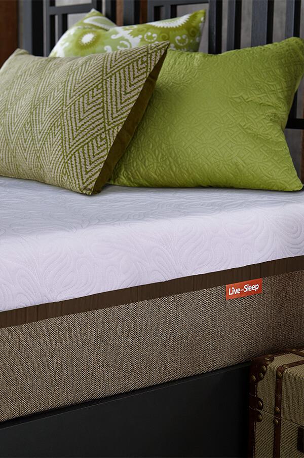 Live and Sleep Luxury Gel Infused Memory Foam Mattress