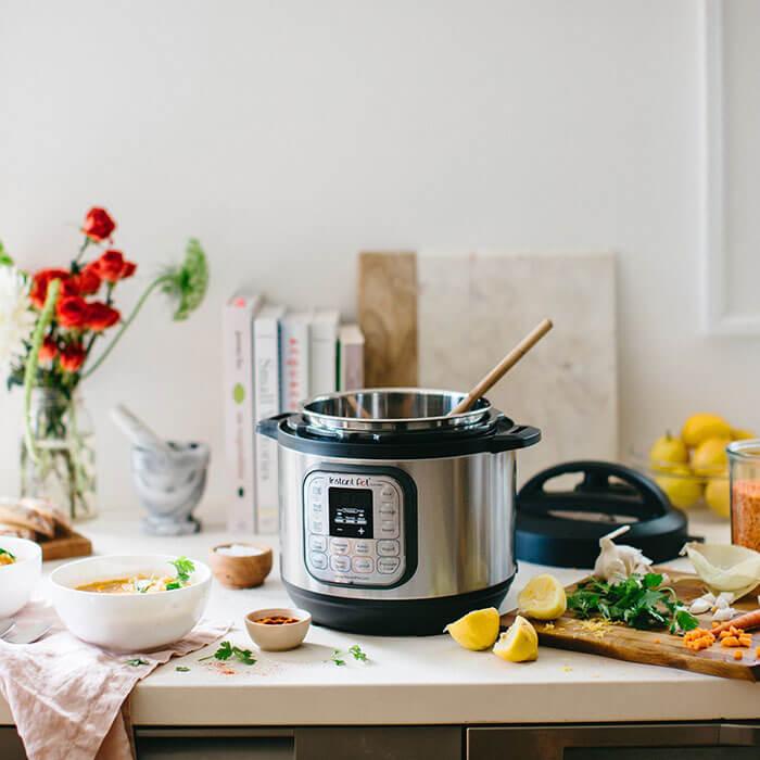 Instant Pot Duo Mini 3 Qt Multi-Use Programmable Slow Cooker
